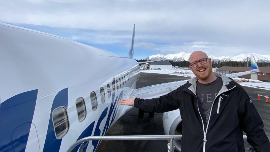 Noel Philips with an Alaska Airlines Boeing 737-800 at Cordova, Alaska