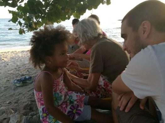 la bambina incontrata a Bayahibe durante il viaggio di ecoturismo