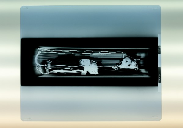 Axel Straschnoy 2008 3 x-rays on light-box X-rays: 43 x 35,5 cm.