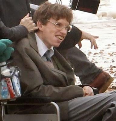 Primeras imágenes de Eddie Redmayne como Stephen Hawking en 'Theory of everything'