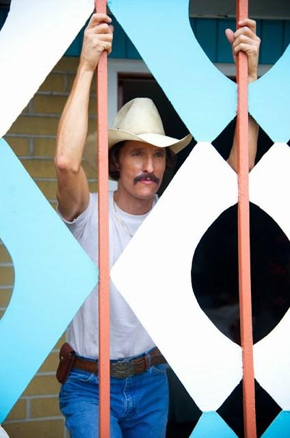 Dos nuevos clips e imágenes de 'Dallas buyers club', lo nuevo de Matthew McConaughey