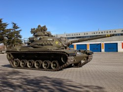 Evento de presentación de 'Corazones de acero' en la instalación militar de El goloso