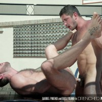 "Dato Foland se folla a Gabriel Phoenix en la piscina en ""Drenched!"" 