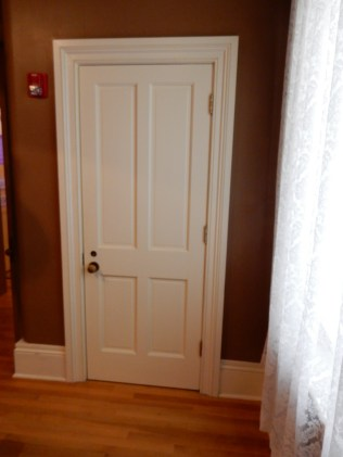Inside the lightkeeper's house, Somewhat ordinary door.