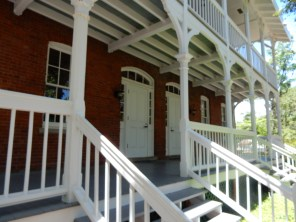 Entrance to the lightkeeper's house.