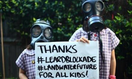 Civil rights and wrongs at #leardblockade: @adropex comments