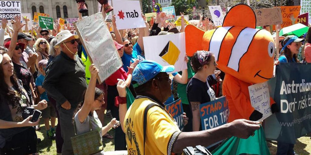 The Brisbane #PeoplesClimate Rally – @JanB_QLD reports for #NoFibs