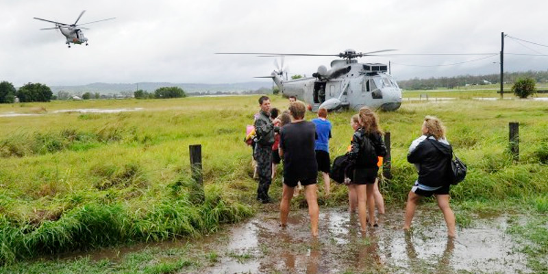 20150908-ADF-evacuation-Qld-floods-feature