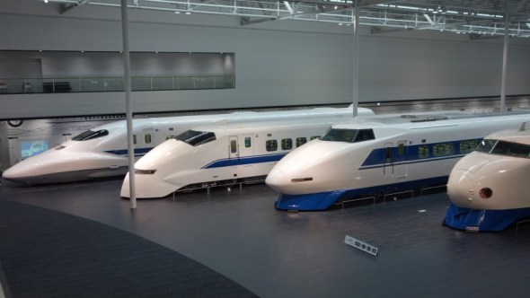 Sexy Japanese trains...