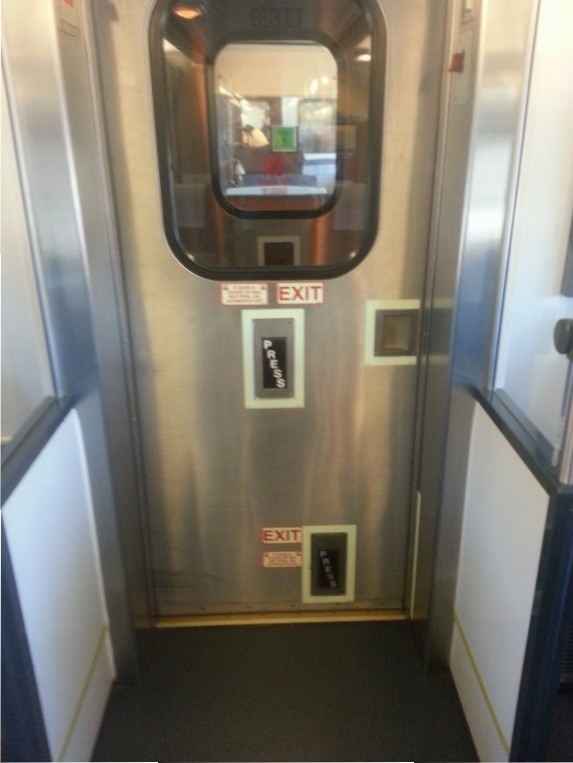 Whatever other nonsense I mention below, the best bit about Amtrak is that they put an extra button to open the interconecting doors by the floor so you can kick it open! Yay aggression!