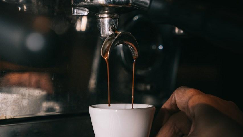 Esnob - café