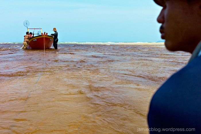 Leica M9, Jamie Chan, Travel, Malaysia, Fishermen, Ocean, Pahang, No Foreign Lands, Blogger