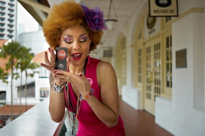 Joy Villa, Leica phone