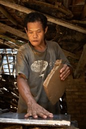 roof tile maker, jogja, clay, man