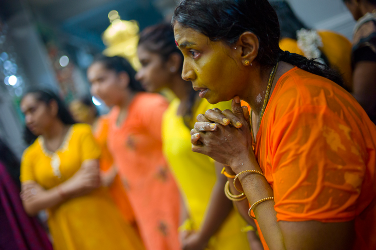 Thaipusam 2014 Praying