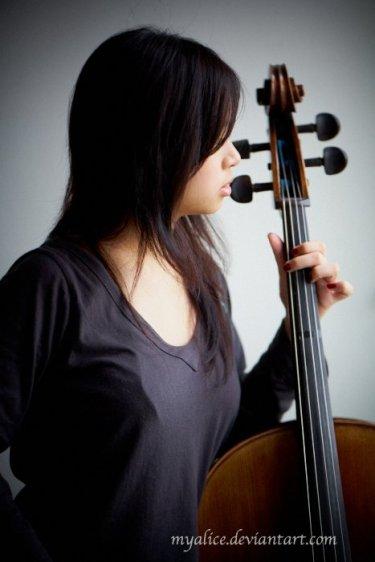 Websteph, Stephanie Octavia Loh, portrait, cello, mood