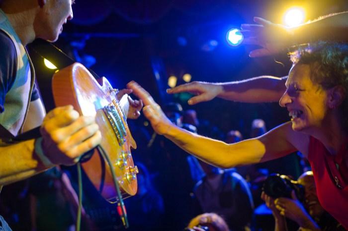 Docklands Blues Music Festival, Jamie Chan, Leica, Jimi Hocking, fans, guitar