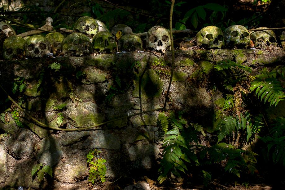 The Dead Sleeps With Us - Kuburan Terunyan