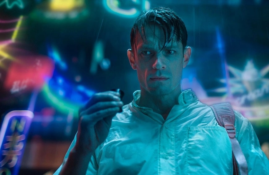[Review] Netflix's ALTERED CARBON Is A Familiar, Albeit Solid Cyberpunk Noir