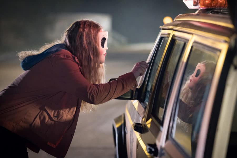 [Review] THE STRANGERS: PREY AT NIGHT Chooses Tropes over Terror