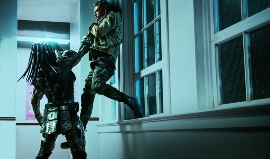 New Footage Takes You Behind The Scenes of THE PREDATOR