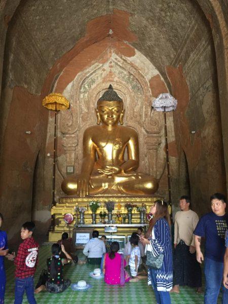 Golden Buddha, Dhammayangyi Temple (Pahto), Bagan, Myanmar (Burma)