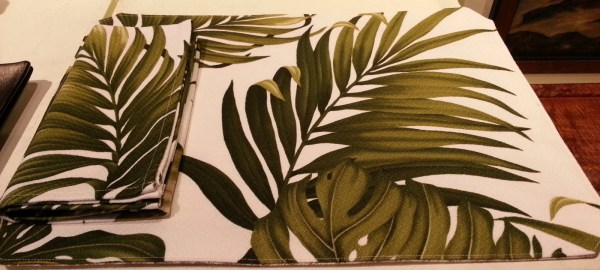 Hawaiian placemat, palm and monstera with reversible back