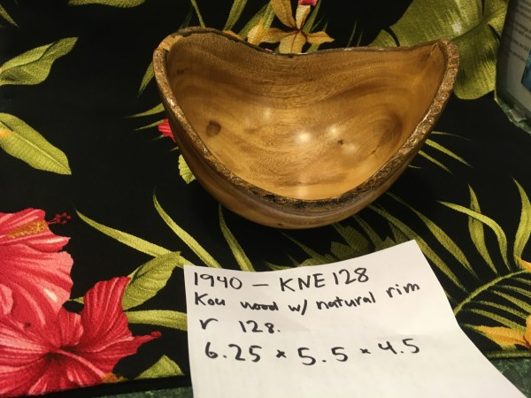 Natural Edge Kou Bowl made by Carl Sherry 6.25 x 5.5 x 4.5