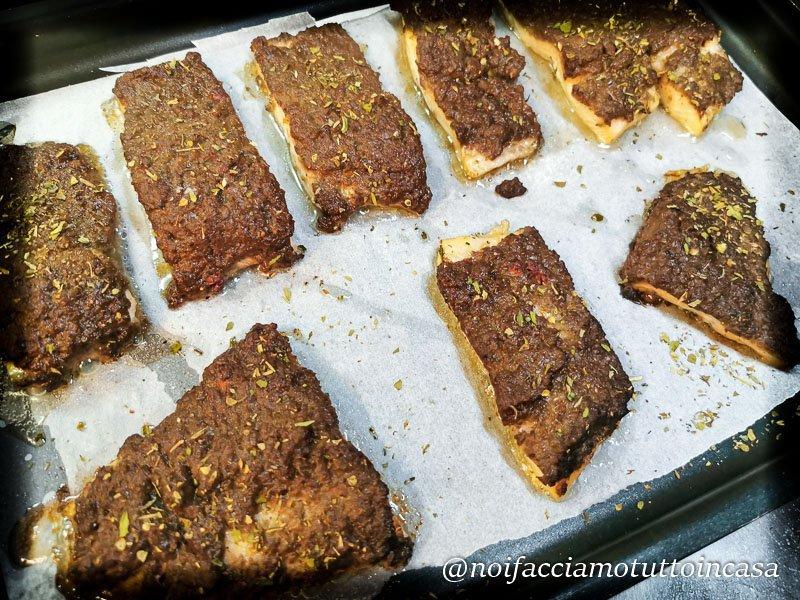 Filetti di trota al forno con ceci e radicchio