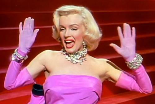 Marilyn_Monroe_in_Gentlemen_Prefer_Blondes_trailer
