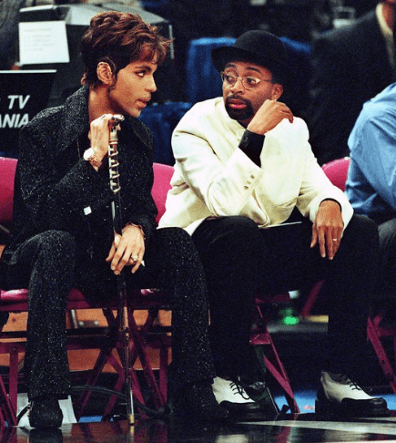 6 With Spike Lee at a New York Knicks game, 1998