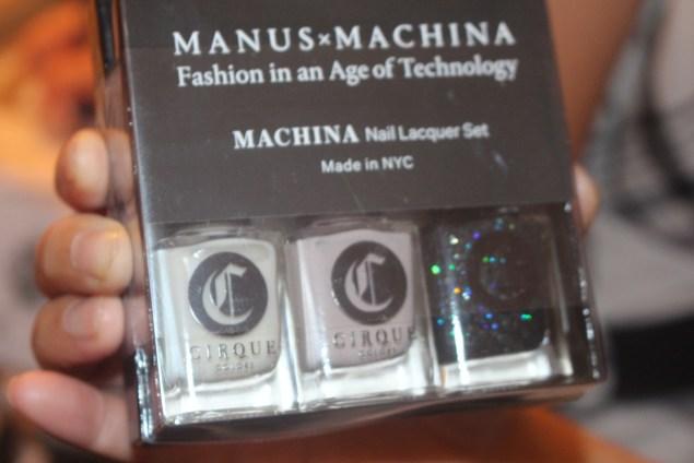 NTB ManusMachina Met Nail Art9