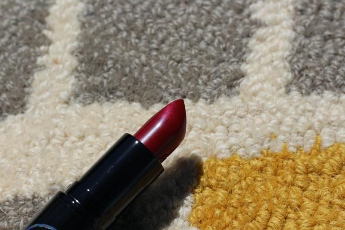 MAC Selena La Reina - Queen of Cumbia Lipstick