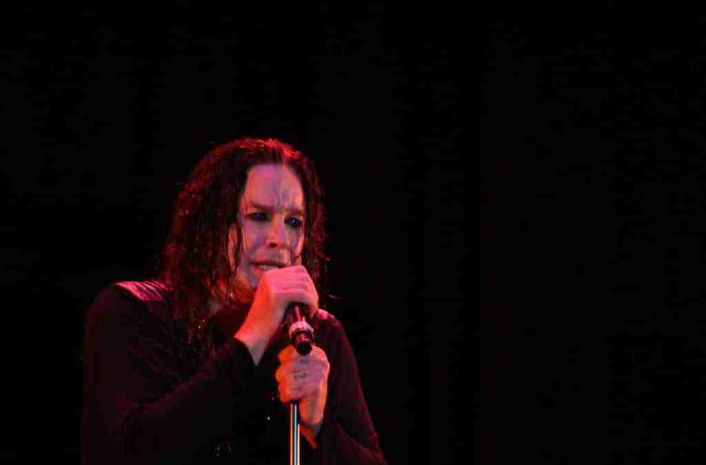 Ozzy Osbourne reveals he's battling Parkinson's disease