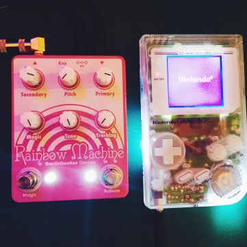 Earthquaker Devices Rainbow Machine and Game Boy