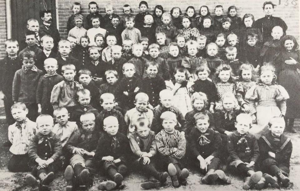 Klassenfoto 1890