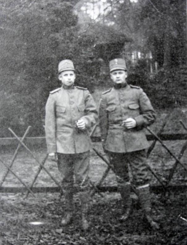 Soldaten Van Velzen en Van de Kraan