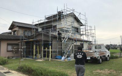 屋根垂木(ヤネダルキ)破損による、屋根瓦部分補修。
