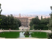 A closer shot of the Pitti Palace from the Boboli Gardens.