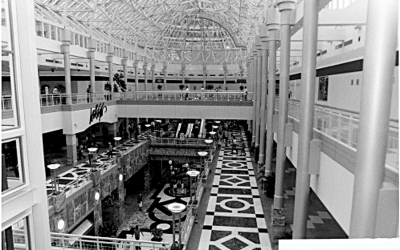New Orleans Centre – Shopping Downtown in the 1990s #Superdome