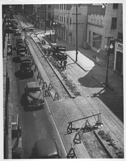 Magazine Street Trackless Trolley Conversion #StreetcarMonday