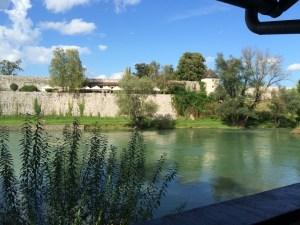 Relaxing riverside restaurant to dine on Cevap