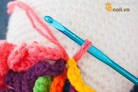 Mê mẩn chart móc chú kỳ lân dễ thương bằng len cho bé ôm đi ngủ