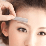 HOW TO SHAPE YOUR EYEBROWS AT HOME – STEP BY STEP GUIDE