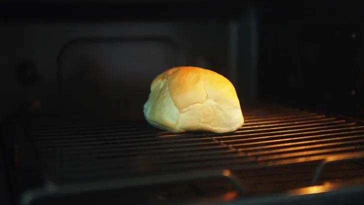 コストコのディナーロール(オーブントースターで解凍)
