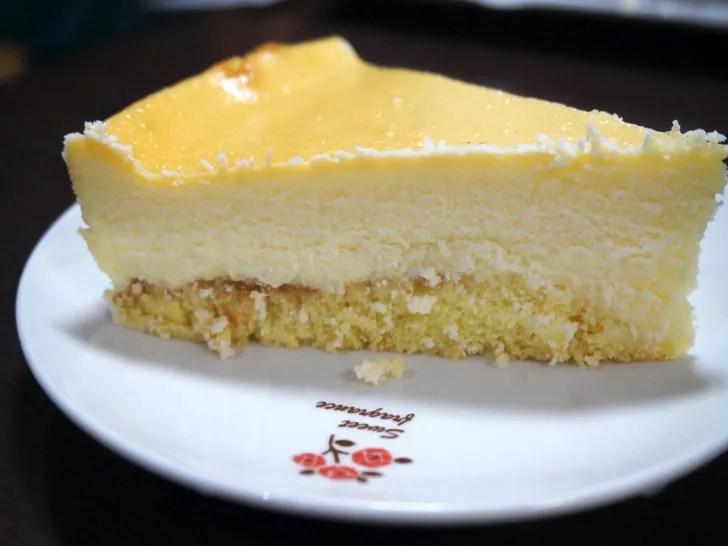コストコのスフレチーズケーキ(側面)