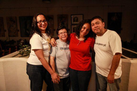 Aunque las leyes no favorecen su modelo de familia, consideran que con su historia permitan que más familias así no se sientan solas.