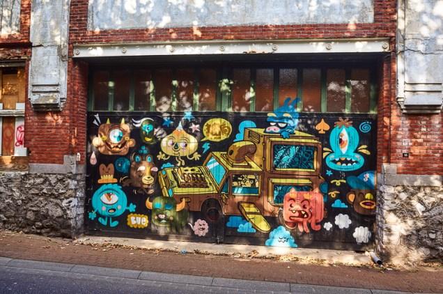 Mural by Bue in Hasselt, Belgium