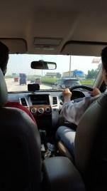 På vej til lufthavnen