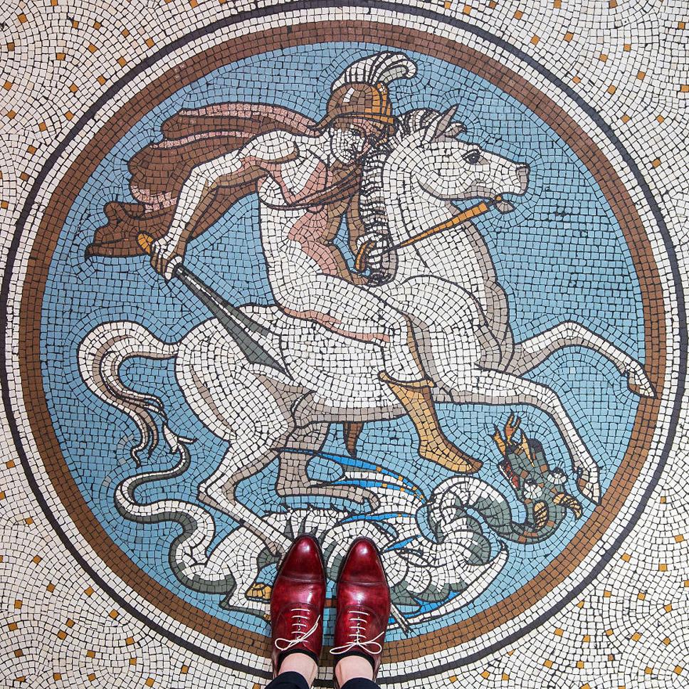 Sebastian-Erras-reveals-the-beauty-of-floors-in-London-577e7432b225f__880